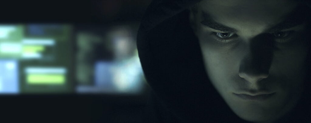 Cool your hacker portrait in the dark