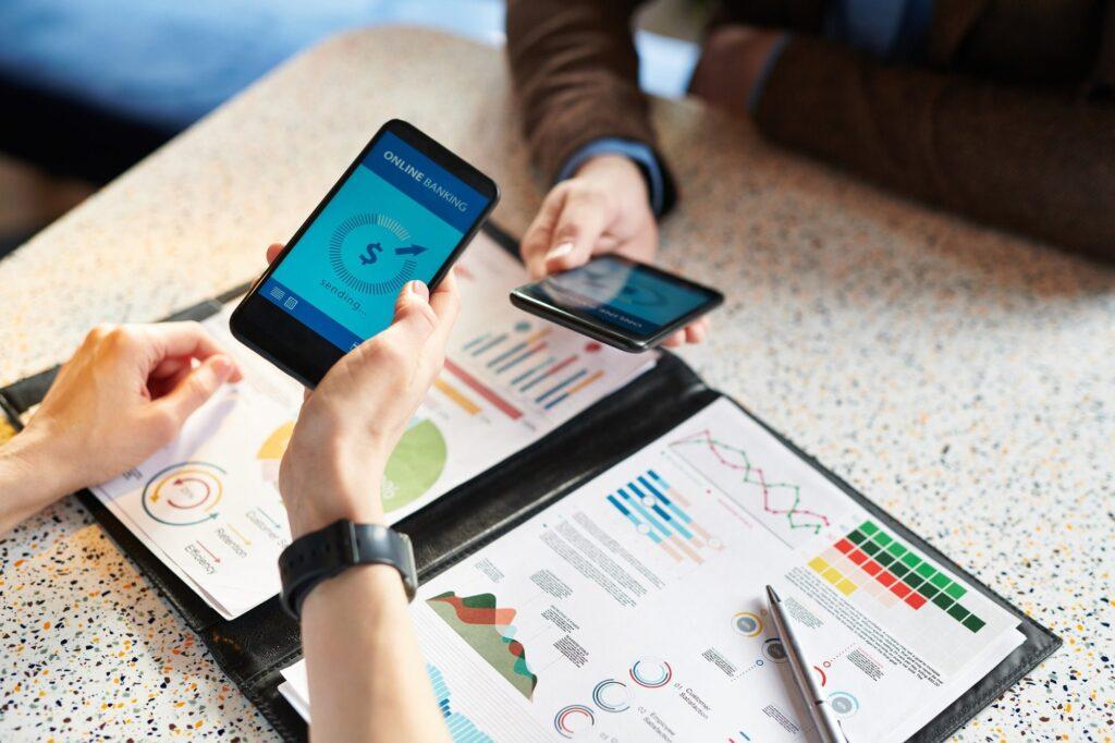 Making online transaction via bank mobile app