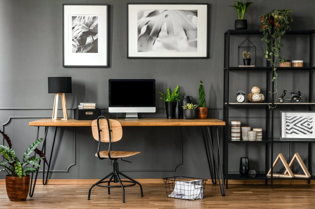 A home office set up for telecommuting and remote part time jobs.